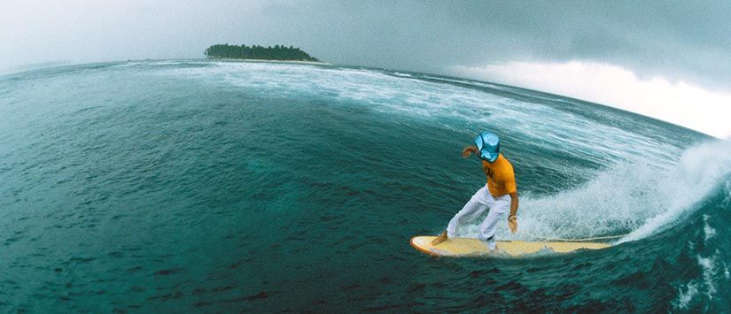 Surfing in the Mentawaii Islands/ Indonesia - Click for more from the Surfing-Gallery